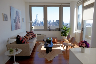 70-columbus-panepinto-art-apartment